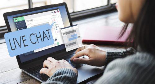 bigstock-Live-Chat-Chatting-Communicati-128243672-1024x558